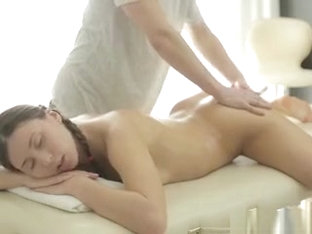 Ananta Shakti Gets Oiled Up And Fingered By Her Masseur