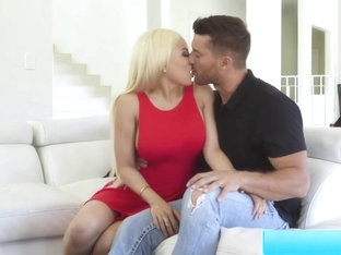 Luna Star Banged By Her Hunk Date