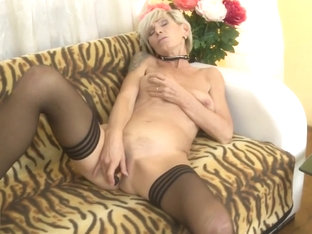 Mature mother Irenka with saggy tits and hairy cunt