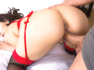 Valentina Nappi & Ryan Driller in DirtyWivesClub