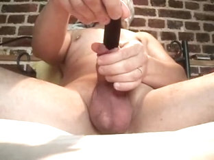 Spatula handle in cock rotating swelling spreading urethra