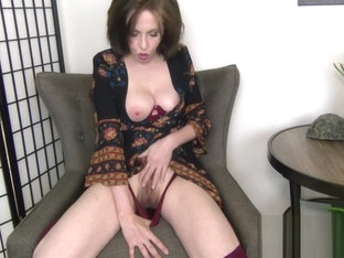Helpful Aunt Loves Your Tiny Cock - fauxcest fantasy taboo milf pov