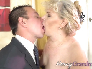Blonde old tramp with big tits gobbles