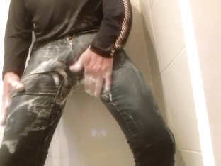 piss and shower fully clothed with girl jeans