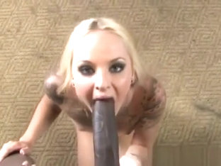 Faye Runaway Gets Mouth Filled By Black Boner