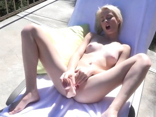 Maddy Rose Squirts A Lot After Dildoing