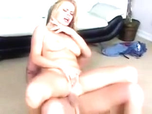Ass munching babe with bouncing boobs gets fucked in ass