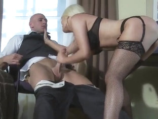 Lesbian porn video featuring Alexis Ford and Juelz Ventura