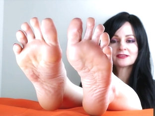 Mesmerized By My Bare Soles