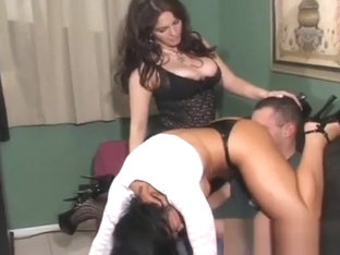 Rough Dominant-bitch Makes This Doxy Her Slave By Smothering