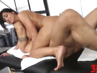 Experienced woman with big, firm tits likes to fuck her massage therapist, every once in a while