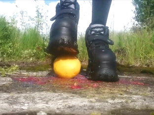 Platforms stomp fruits