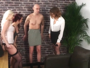 Cfnm Babes Rimming Sissified Guy