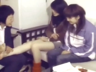 Chinese Girl barefoot tickling