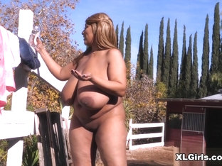 Africa Sexxx: Country Girl - Africa Sexxx - XLGirls