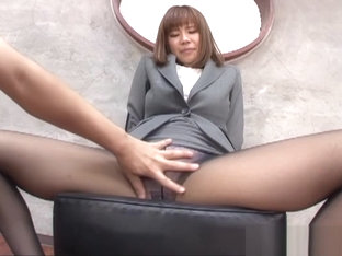 Suzu Tsubaki sexy Asian teen in an office suit