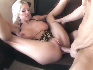 Bonny breasty MILF Emma Starr is making a best blowjob of my life