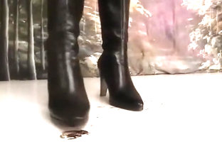 Crush roach under boots - clip 81