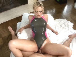 Alexis Texas swimsuit gel