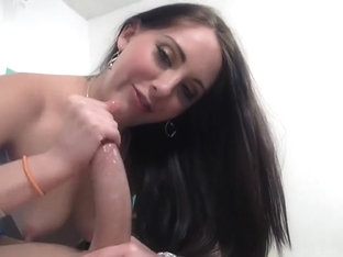 Blowjob with mesmerizing eye contact from brunette angel
