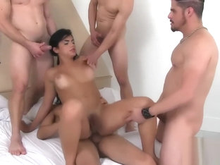 Hot lesbisk orgie video