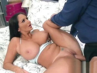 Hot Wife Ava Addams Gets Impaled By Hung Lawyer