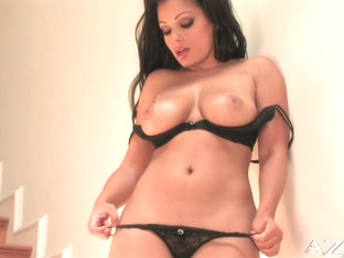 Aria Giovanni Video - Aziani