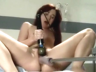 Princess Donna fisting Annabelle Lee