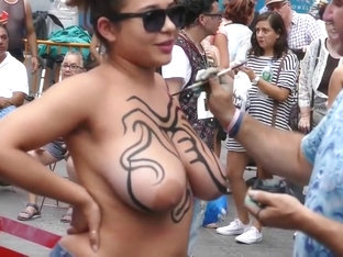 Latina gets bodypaint on her huge tits