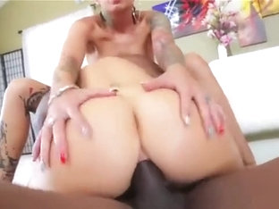 Pornstar Model Gets Her Anal Nailed With Erected Cock33lll