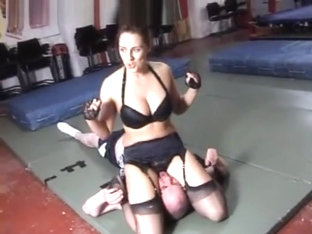 Mixed Wrestling Armpit smother