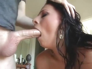 Gianna Michaels Sucks it Up and Keeps Blowing...