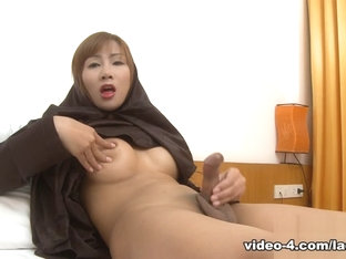 LadyboyMasterkey Video: Arab Ladyboys 07