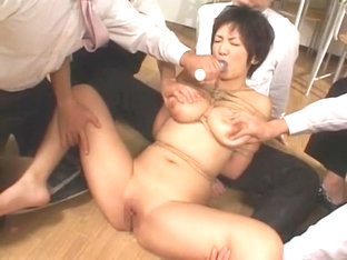 Hottest Japanese model Meguru Kosaka in Crazy Close-up, Fingering JAV movie