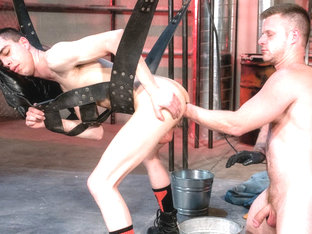 Brian Bonds & James Oakleigh in The Big Tool - ClubInfernoDungeon
