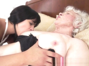 Pussy Loving Grandma Rimmed By Teen Babe