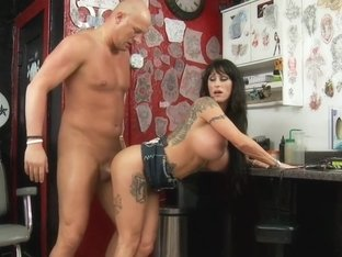 Deja Voo & Christian in Seduced by a Cougar