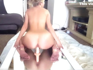 Isla White - Reverse Cowgirl On Mirror With Dildo