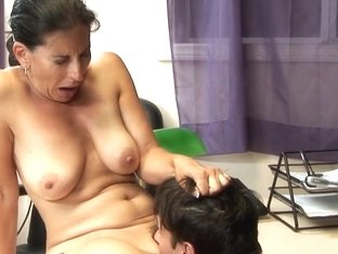 Brunette Boss Gets Her Pussy Licked