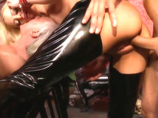 Horny blondes submit for a thorough throbbing in a close up shoot