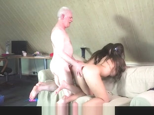 Grandpa Fucks Teenies Sweet Girls In Bedroom threesome with cum sharing