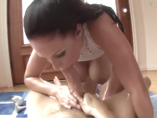 Gianna Michaels Oil play