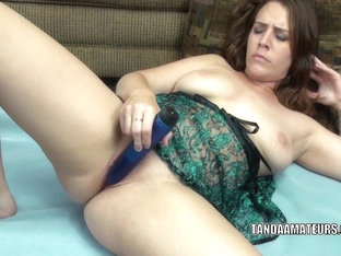 Curvy beauty Alisha Adams uses a toy to make herself cum