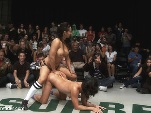 5 Girl Brutal Fuck Fest In Front Of The Live Audienceisis Love Joins The Winners, This Is Epic. - .
