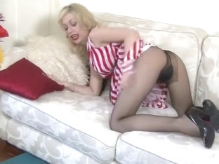 Heavenly Chessie Kay