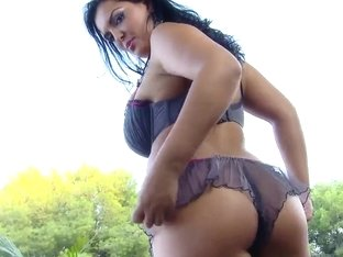 Big tit fucking always looks so awesome and sexy