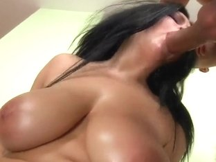 Chubby slut Shione Cooper is fucking with Neeo