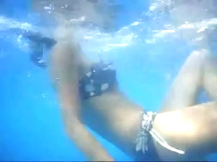 Underwater Ass candid