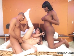 Paris Conty & Yazia in Threesome Tranny Trouble - IKillItTs