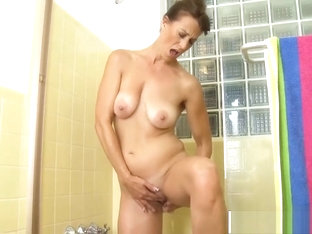 Nice Step Mom Mimi Moore Ride cock Hot Hot Friend